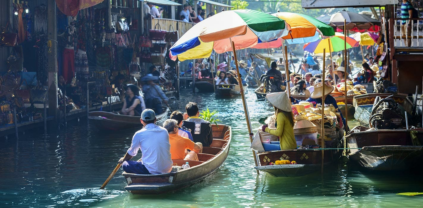 Floating Market You Must Visit in Thailand