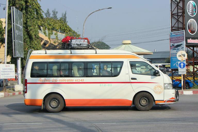 Minibus from Chiang Mai to Chiang Rai