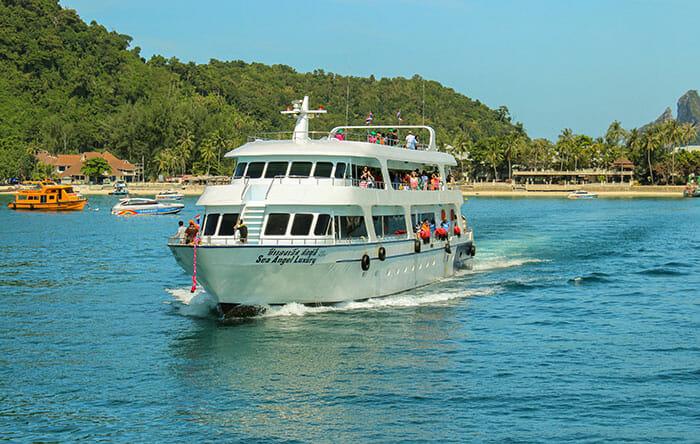 Ferries Phuket to Phi Phi