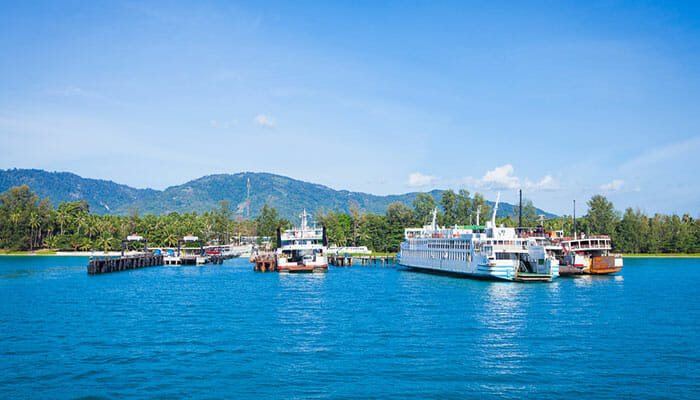 Surat Thani Ferry to Samui Piers