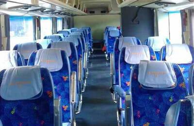 タイのエクスプレスバス