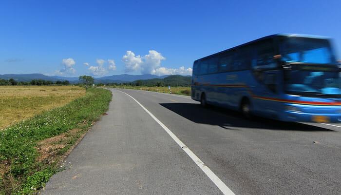 バスでシェムリアップからシアヌークビルへ