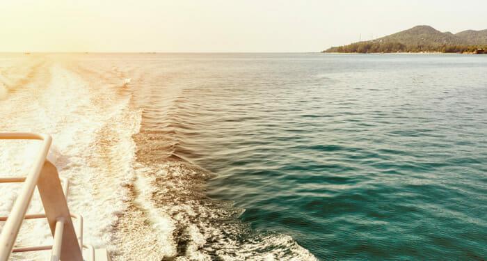 スラタニからパンガン島への旅行方法