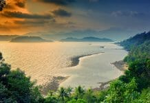 パタヤかからチャン島へ