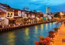 シンガポールからマラッカへ