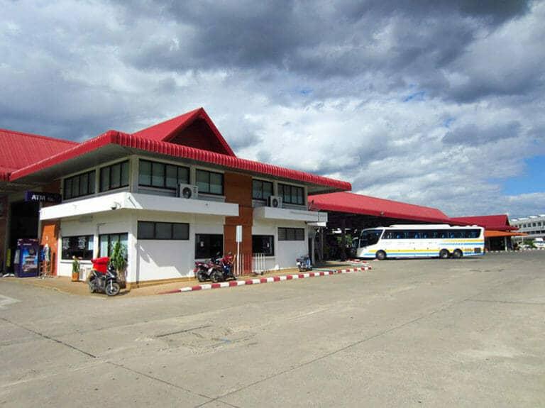 Прибытие в Чианграй на автобусе