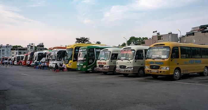하노이에서 하롱베이까지 미니버스로 이동