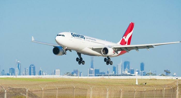 멜버른에서 캔버라 비행기로 이동