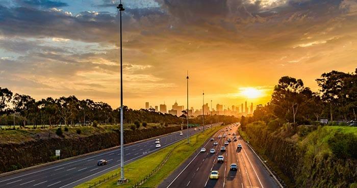 멜버른에서 캔버라로 이동하는 방법