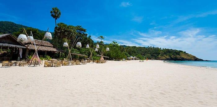 ランタ島のビーチ