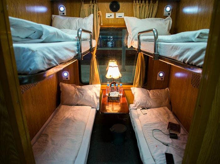 베트남의 침대(슬리퍼) 기차