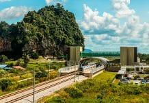 列車でマレーシアに旅行する