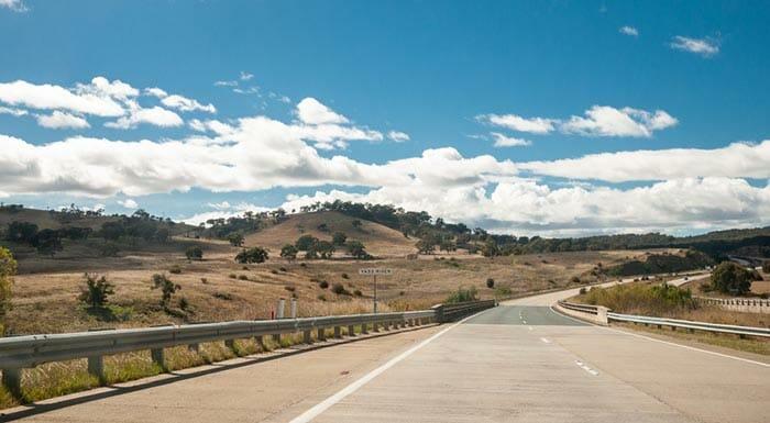オルベリーからキャンベラへの旅行選択肢
