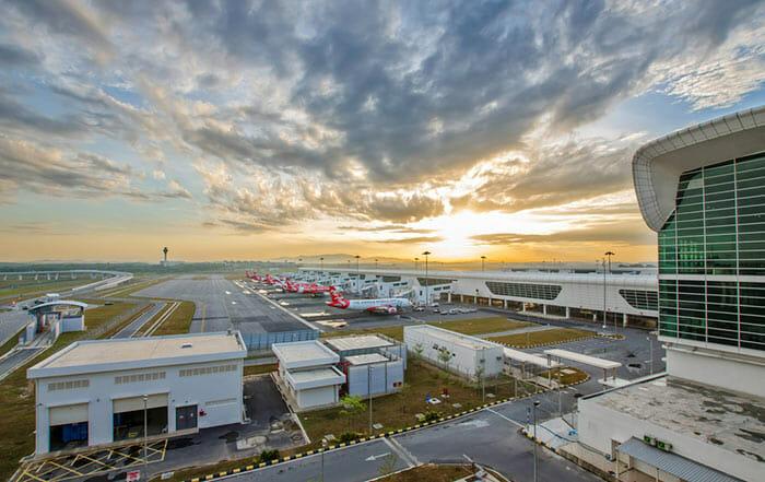 쿠알라 룸푸르에서 페낭 비행기로 이동