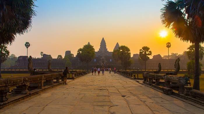 프놈펜에서 씨엠립으로 가는 방법