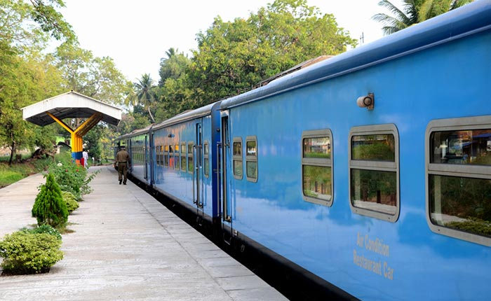 Colombo to Jaffna by Train