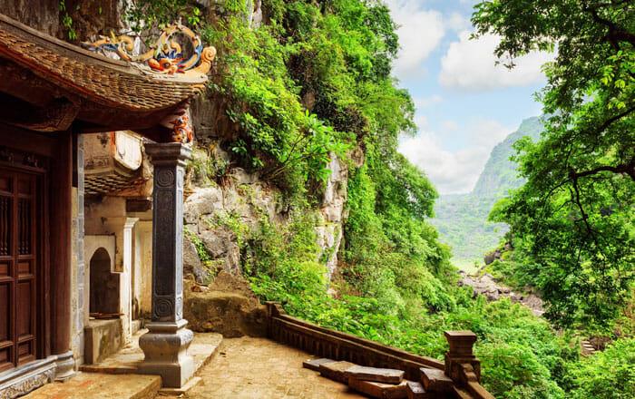 Способы добраться из Ханоя в Ниньбинь