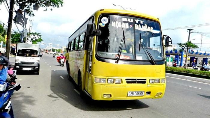Государственный автобус из Дананга в Хойан