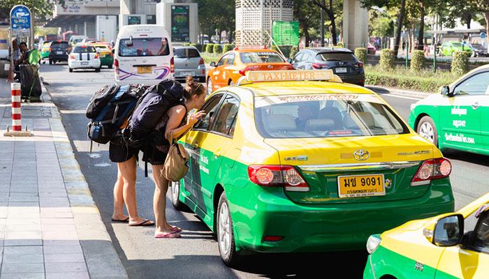 방콕에서 카오야이 개인택시로 이동