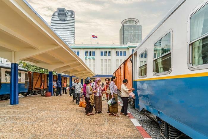 프놈펜에서 시아누크빌 기차로 이동