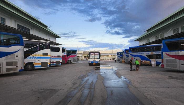 방콕에서 수랏타니 버스로 이동