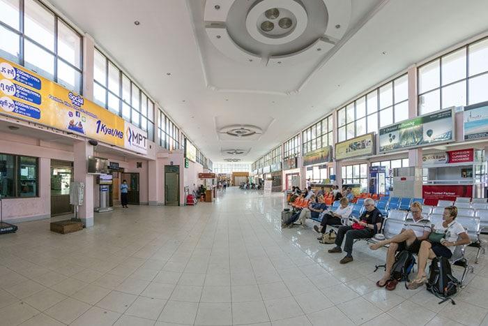 만달레이에서 바간으로 가는 가장 빠른 방법 - 비행기