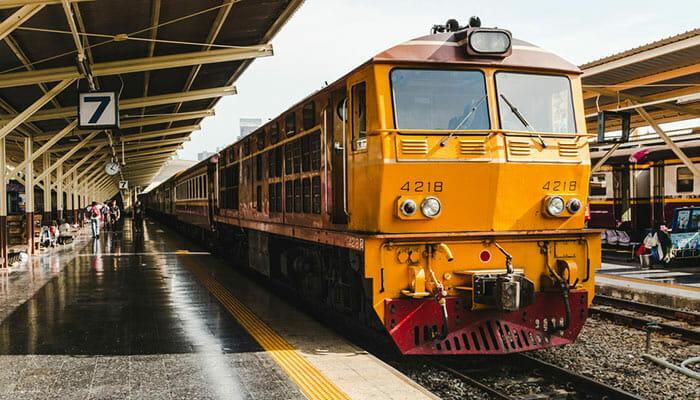 코팡안에서 방콕 페리, 버스와 기차로 이동