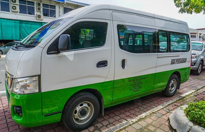 쿠알라룸푸르에서 말라카 택시로 이동
