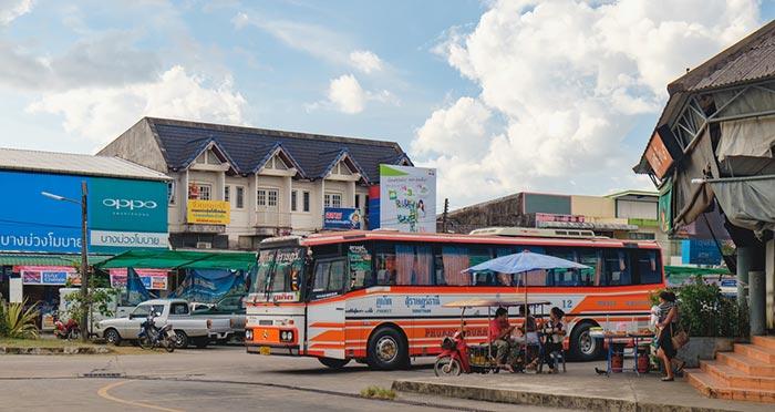 푸켓에서 카오락 버스로 이동