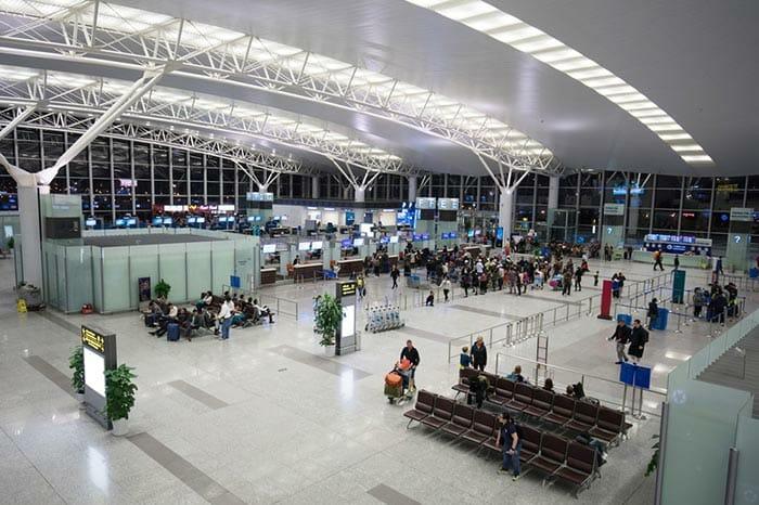 하노이에서 퐁냐 비행기로 이동