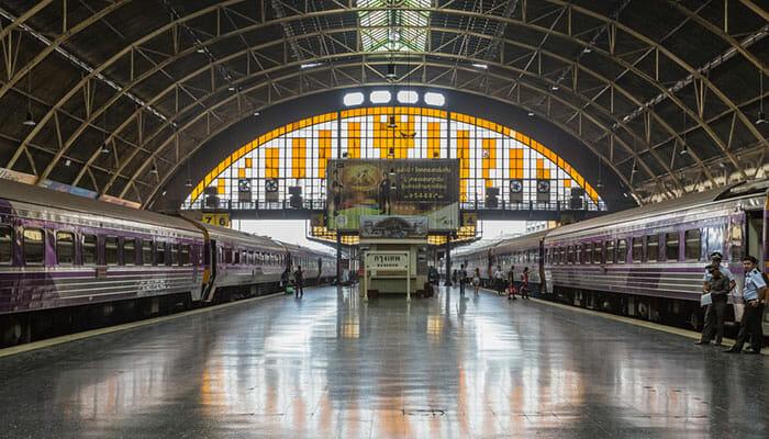 Zug und Bus Kombination von Bangkok nach Angkor Wat